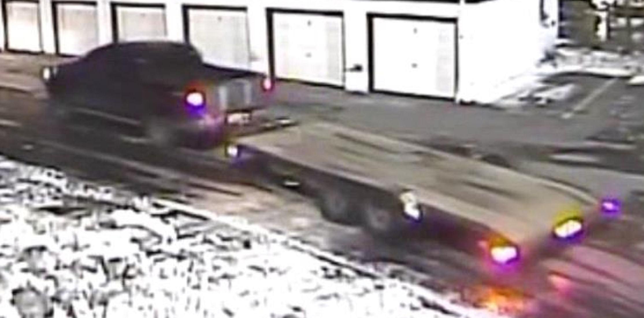 suspect truck to ID 2jpg