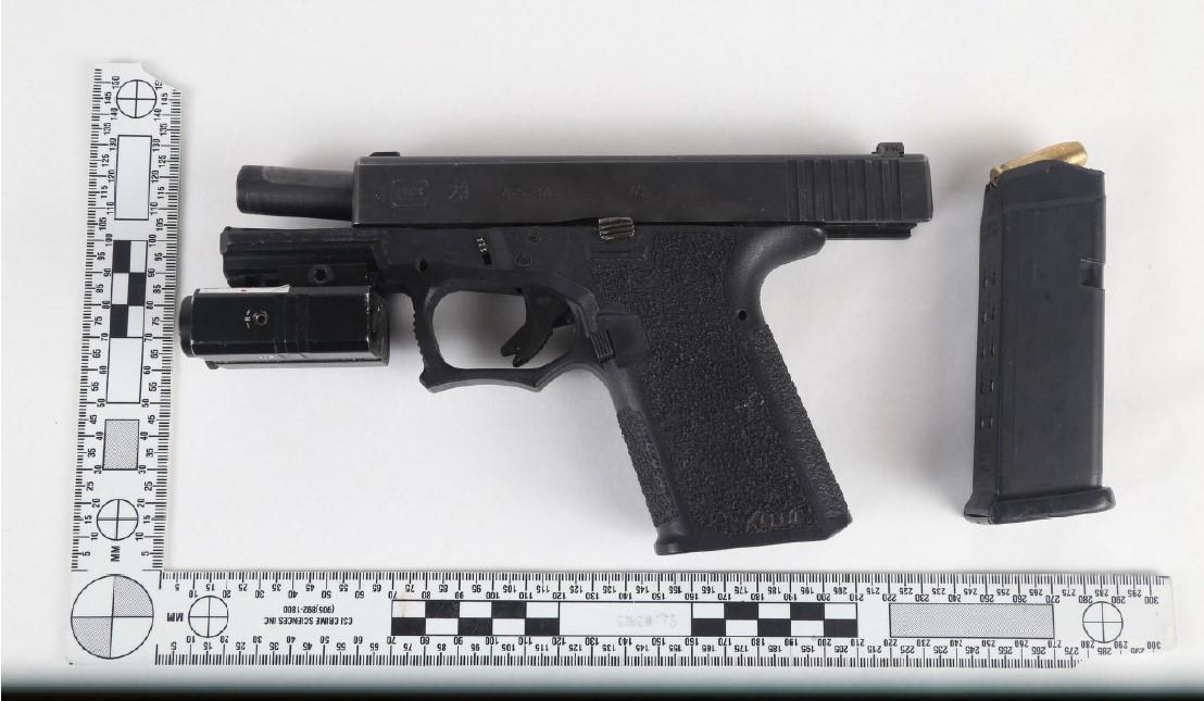 Gun seized St-Laurent
